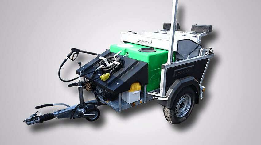 Battery Powered Bin Cleaning Machine