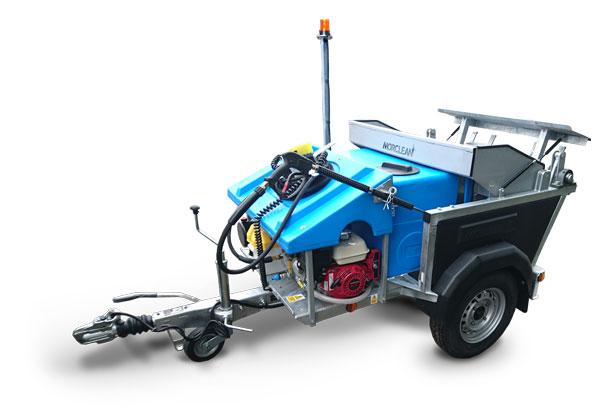 Petrol powered wheelie bin washer